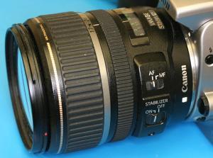 Прикрепленное изображение: Canon_EFS_17_85l.jpg